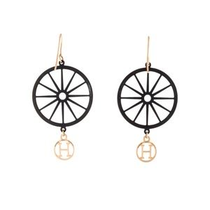 Hermes Crazy Caleche rose gold earrings